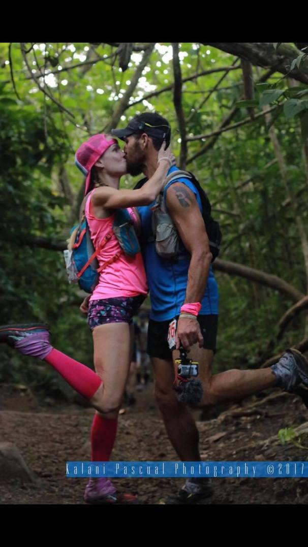 Alex & Rachel 2 - Love on the Run